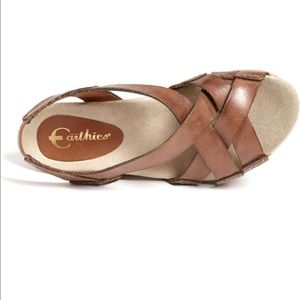 Earthies salerano wedge leather sandals in almond